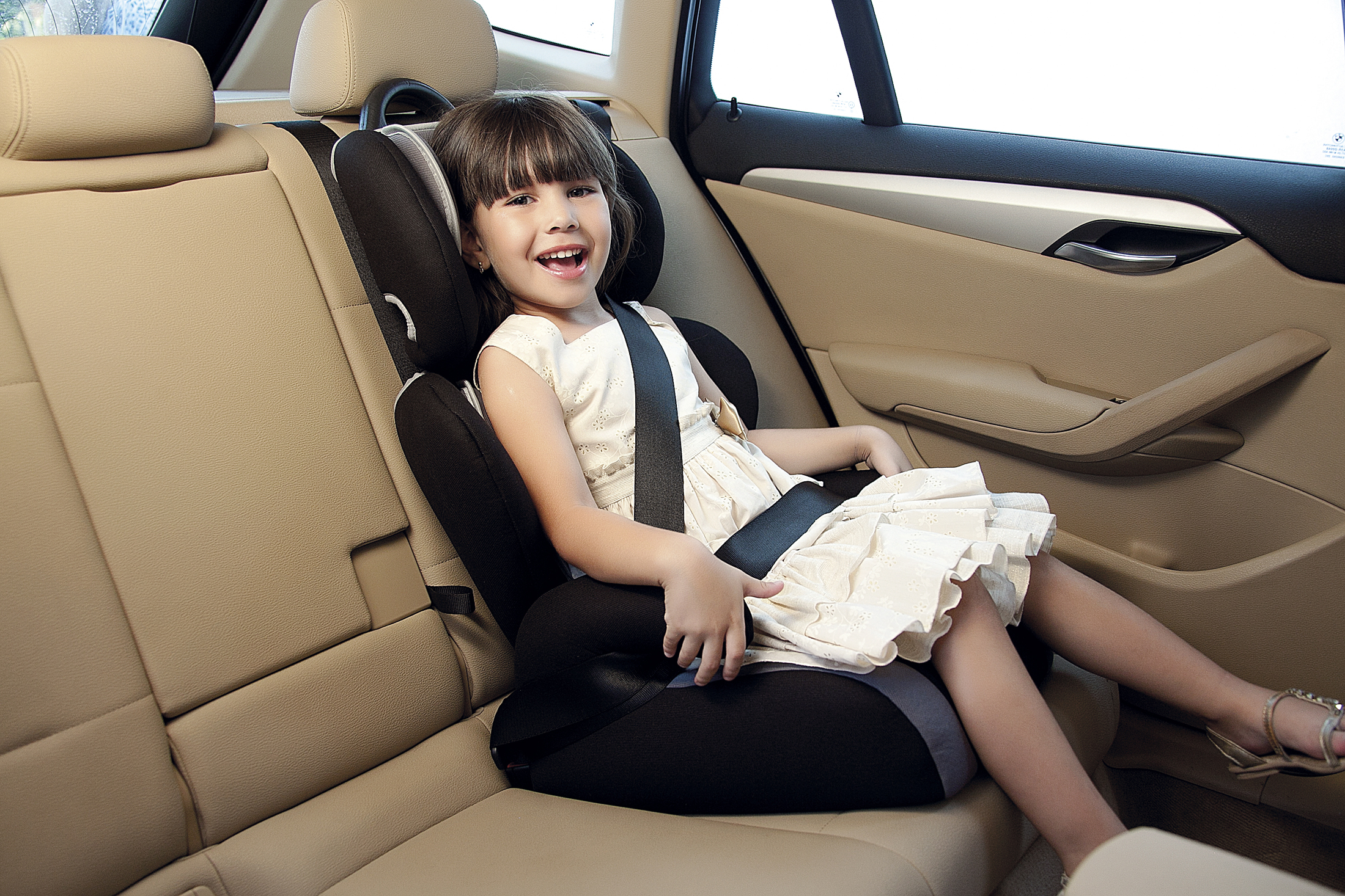 Cadeira para automóvel da Tutti Baby passa por readequação para simplificar encaixe