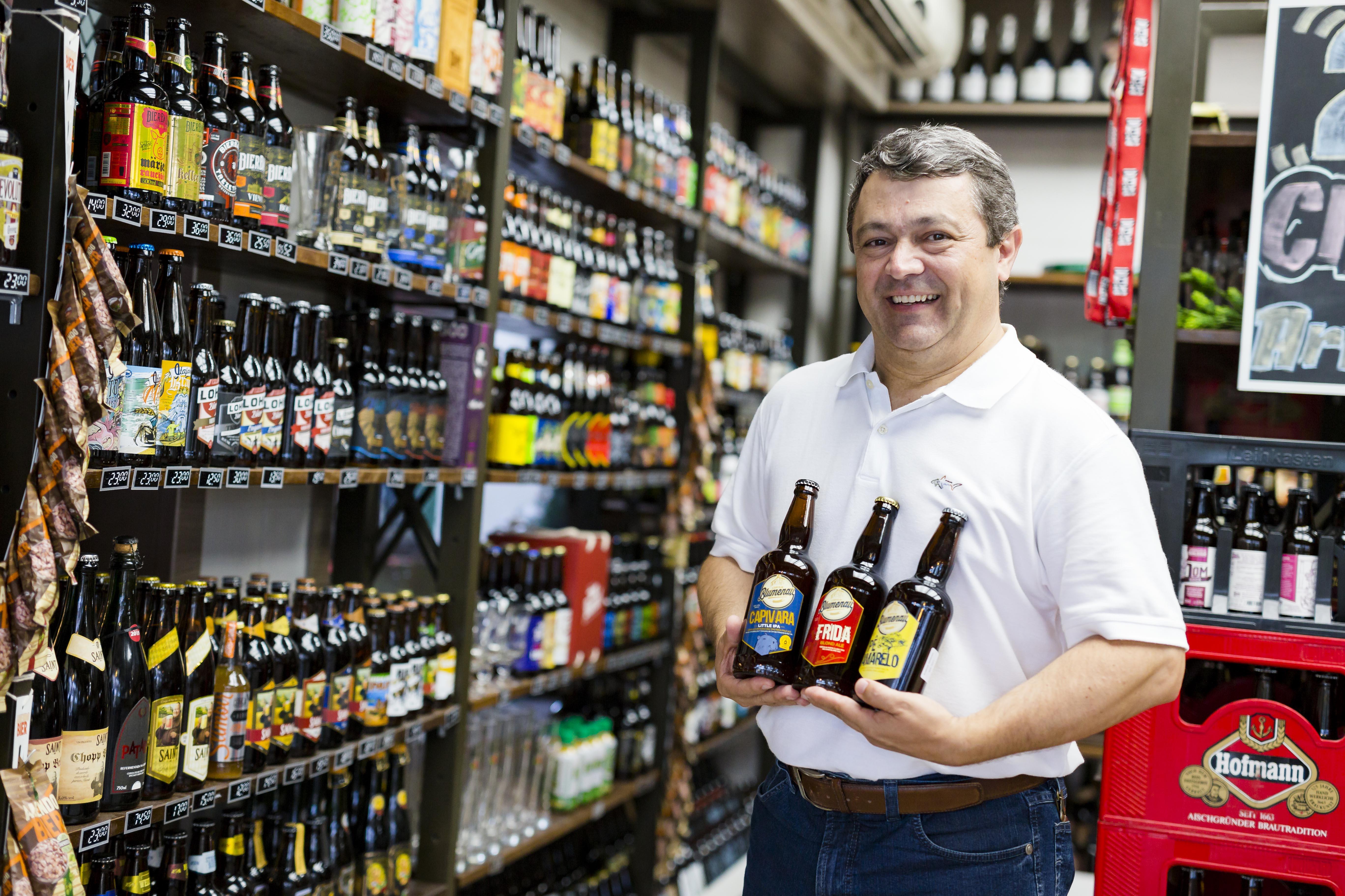Cerveja Blumenau inaugura fábrica própria e apresenta linha com 10 produtos