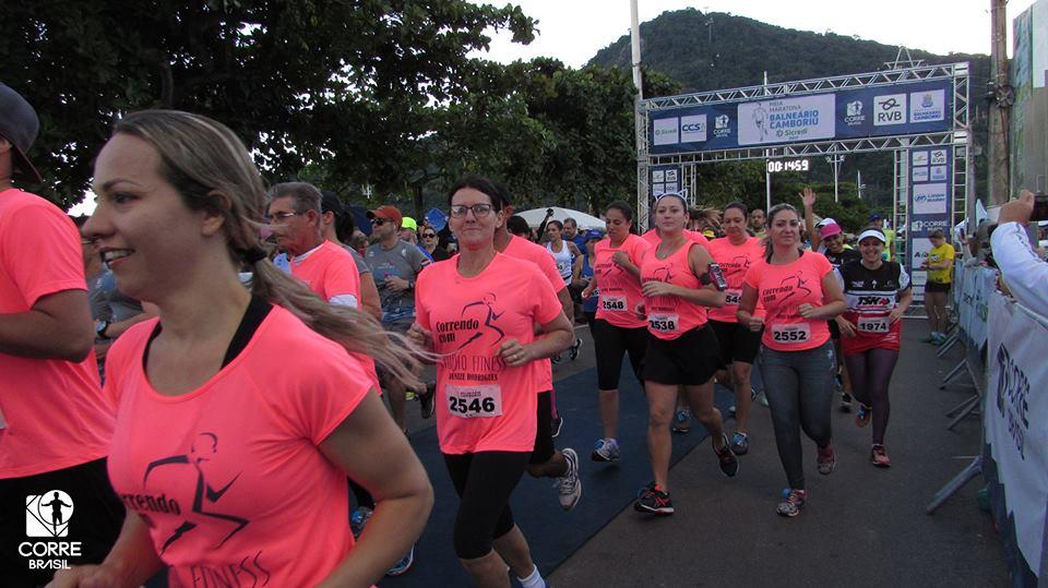 Corrida exclusiva para mulheres acontece no dia 25 de junho na Praia Brava