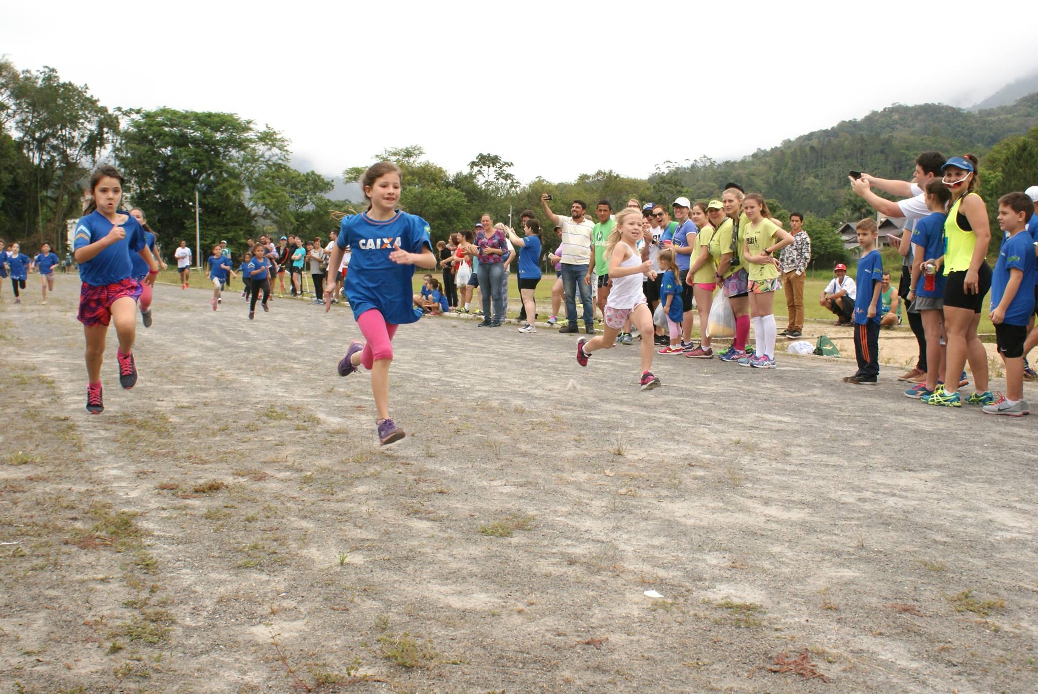Trail run e maratoninha kids fazem parte da programação da Meia Maratona de Pomerode (SC)