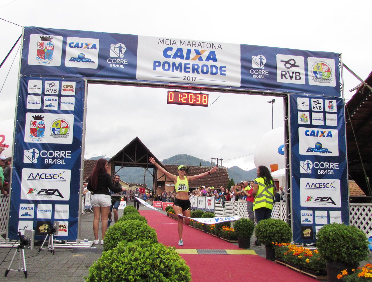 3 mil atletas estão confirmados na Meia Maratona Caixa de Pomerode (SC)
