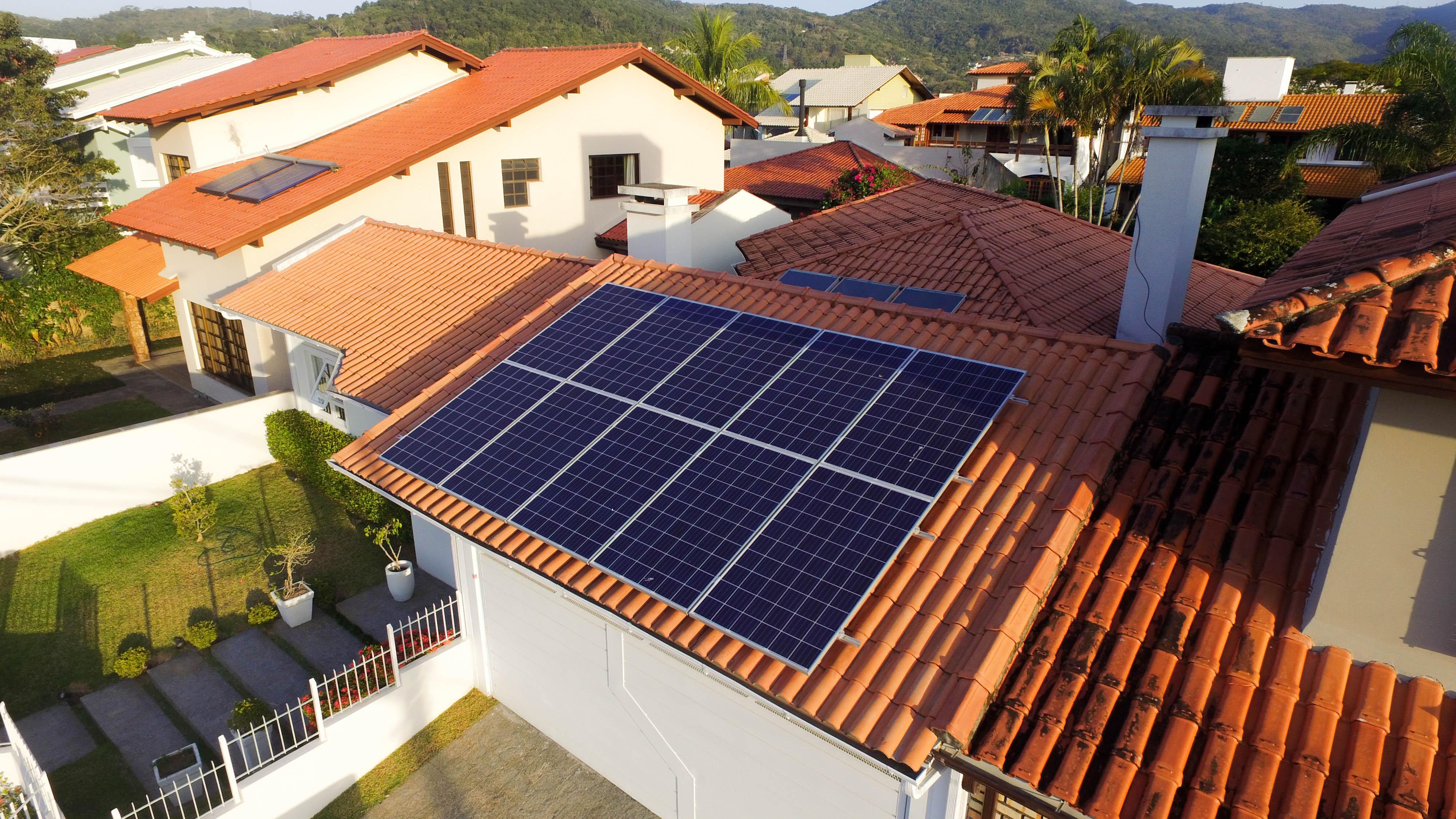 Pequenas e médias indústrias catarinenses têm acesso facilitado a equipamentos para energia solar