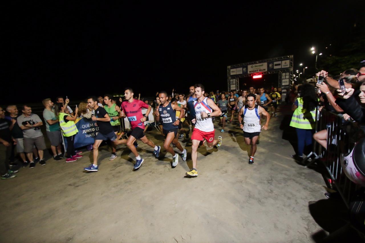 Clima fresco e maré alta marcaram a Sicredi Balneário Night Run