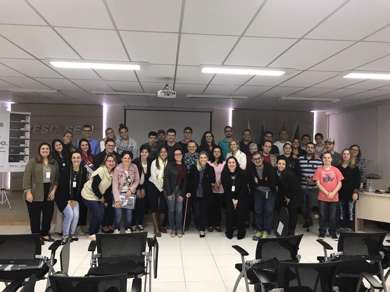Projeto Escola Inclusiva capacitará gratuitamente pessoas com deficiência para inserção no mercado de trabalh
