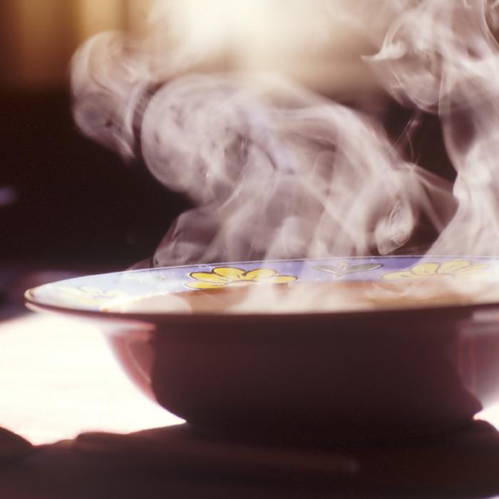 Sopas e caldos entram para o cardápio de mais duas casas gastronômicas em Blumenau (SC)