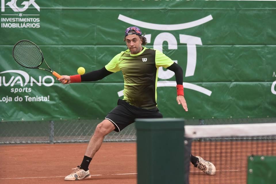 Evento que marca o encerramento do calendário anual de tênis catarinense traz profissionais de todo o estado para Blumenau (SC)